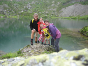 hiking with children from 10 years