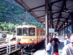 GR10 train jaune